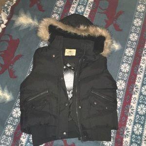 Ariella puffy vest w faux fur hood   Size Jr Lg